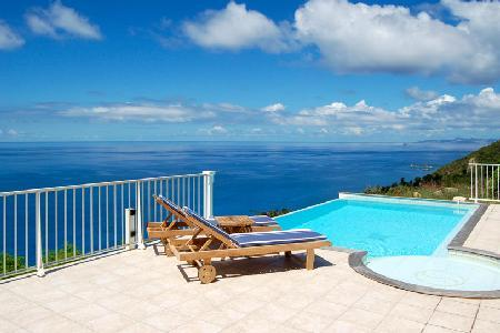 Villa Manon, stunning ocean views, terrace with jacuzzi and housekeeping - Image 1 - Colombier - rentals
