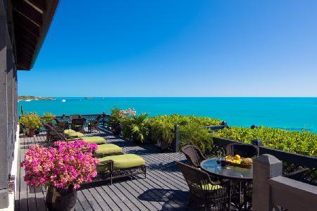 Villa Seacliff on the Tip of Ocean Point overlooking Chalk Sound - Image 1 - Chalk Sound - rentals