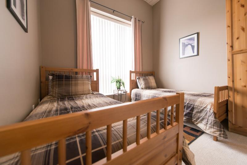 Presidential Condo - Image 1 - Niagara Falls - rentals