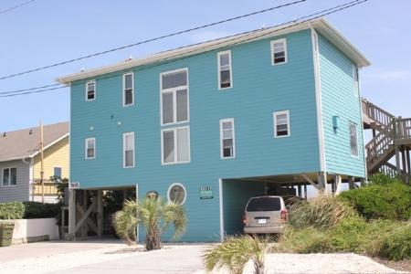 Street Front Exterior - Angelfish Cottage - Emerald Isle - rentals