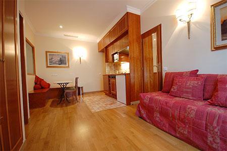 Arc de Triomphe 2 Bedroom 2 Bathroom (3087) - Image 1 - Paris - rentals