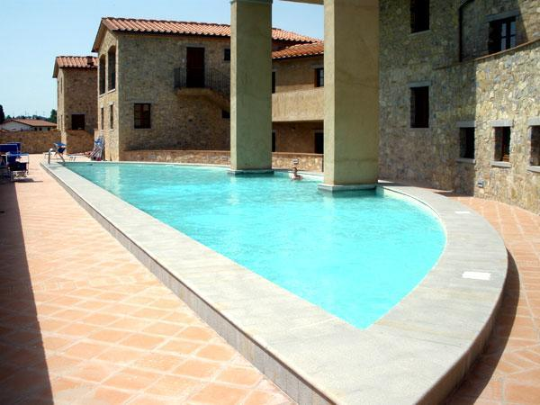 Communal Swimming Pool - Our apartment in Borgo di Gaiole, Chianti - Gaiole in Chianti - rentals