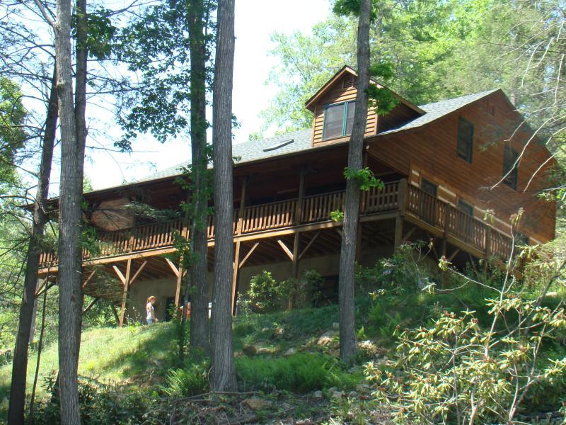 Brookwood Cabin - Brookwood - Beautiful Log Cabin - Great Location - Boone - rentals