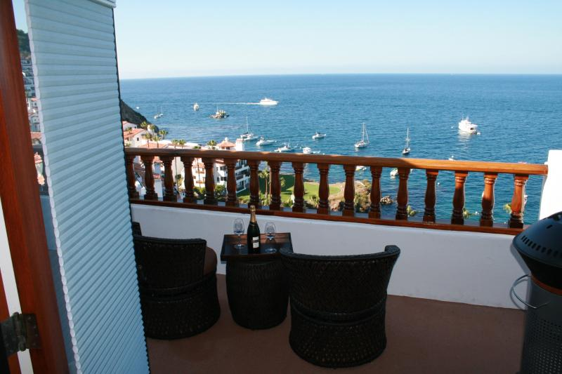 Enjoy a drink and soak in view - Hamilton Cove 1-66 *** Feel The Luxury *** - Catalina Island - rentals