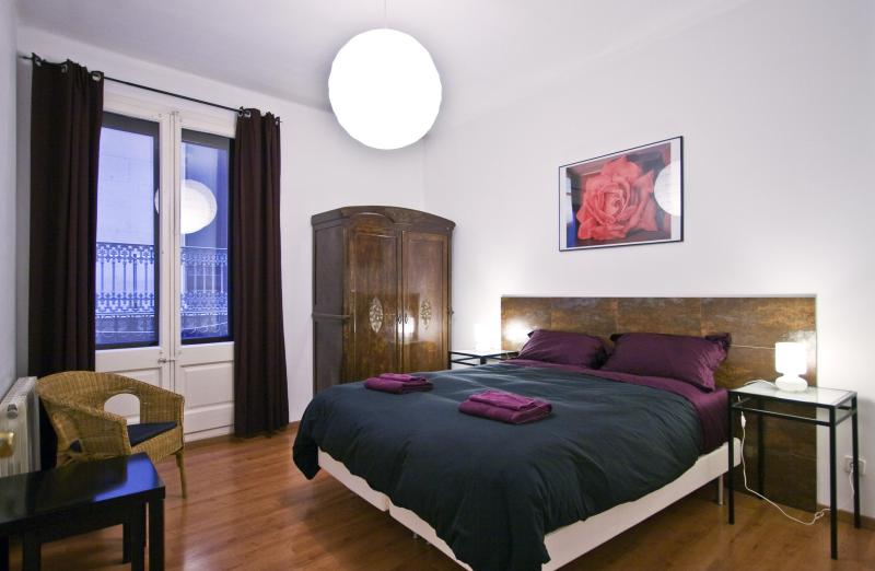 Private double room 4 bedroom ap - Vidre Home Plaza Real - Barcelona - rentals