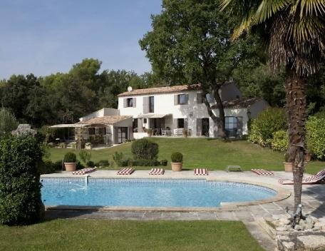 Aix en Provence 5 Bedroom Holiday Villa Rental with a Pool - Image 1 - Aix-en-Provence - rentals