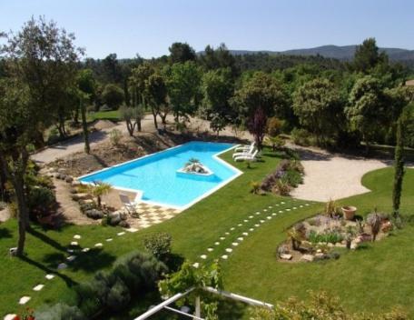 Holiday rental Villas Jouques (Bouches-du-Rhône), 300 m², 3 480 € - Image 1 - Les Brévières - rentals