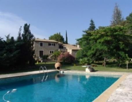 3 Bedroom Villa Aix En Provence Holiday Rental with a Pool - Image 1 - Aix-en-Provence - rentals