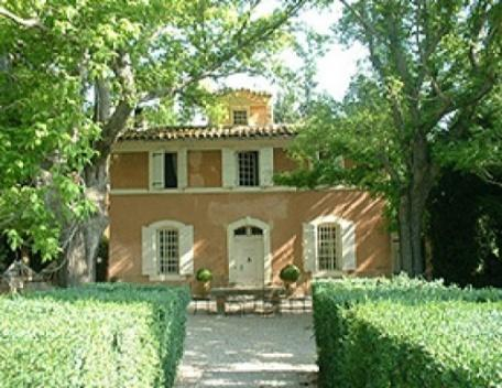 French Farmhouse Holiday Rental with a Pool, Aix en Provence - Image 1 - Aix-en-Provence - rentals