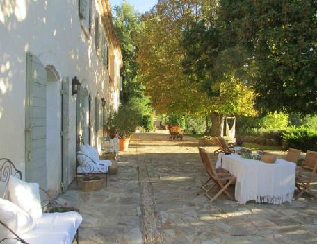 Holiday rental French farmhouses / Country houses Sud Luberon (Vaucluse), 340 m², 6 250 € - Image 1 - Cabrieres d'Aigues - rentals