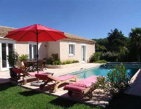 Holiday Rental 3 Bedroom Villa with Pool, Venelles, Bouches-du-Rh - Image 1 - Venelles - rentals