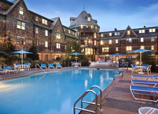 Outdoor Pool - 5/26-6/2, 2017 at Long Wharf Resort, Newport, RI - Newport - rentals