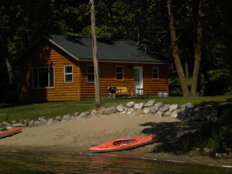 Outside View - #4 Lazy Daze on the Beach - Deer River - rentals