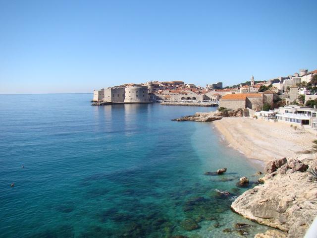 Beach below apartment - Apartment DoraMia - Dubrovnik - rentals