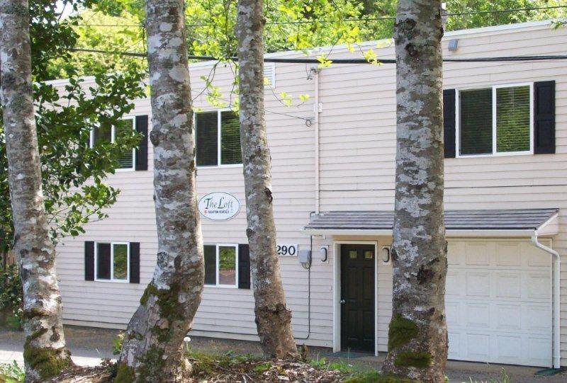 Sweet Creek,  A or B, one or two Bedrooms Duplex ! - Image 1 - Netarts - rentals