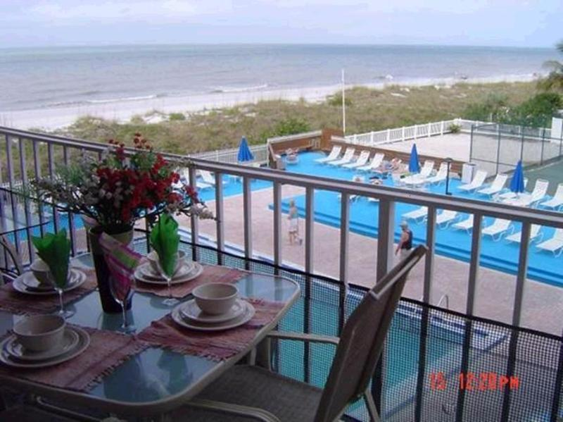 Balcomy - YOUR 3 BR's BEACH-FRONT HOME AWAY FROM HOME - Indian Rocks Beach - rentals