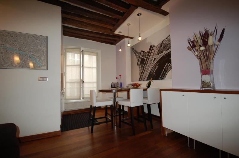 1.JPG - Vacation Gem in St. Germain de Pres - Paris - rentals