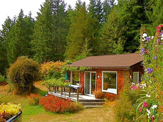 Quiet Meadow Cottage - Vacation rental on the Mendocino Coast, California - Albion - rentals