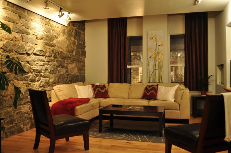 Apt#4: Enjoy an evening at home at the Baker Suite. - The Baker Suite - Nelson - rentals