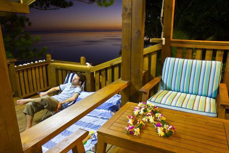 Relax at Arapati - Arapati Beach Bach - Titikaveka - rentals