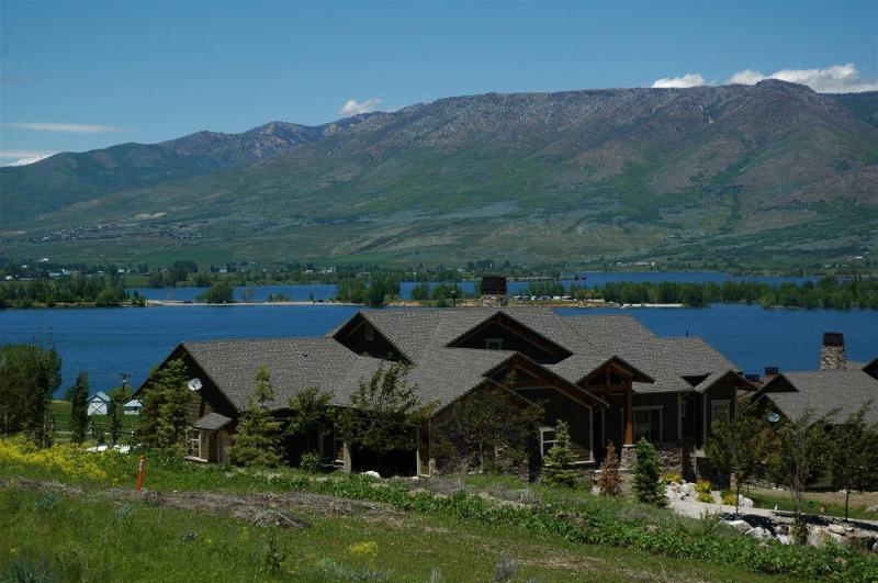 OV18 - Ski Lake Lodge - Lodging at the Base of Snowbasin - Huntsville - rentals