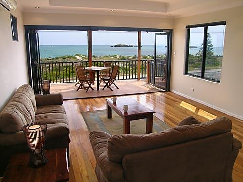 Views across the bay - Beach House Shoalwater - Rockingham - rentals