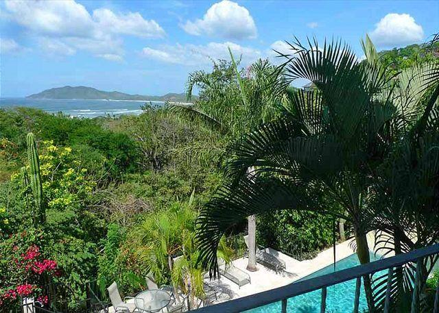 Balcony view - Remodeled 2nd floor vacation condo- oceanview, shared pool, cable, kitchen - Tamarindo - rentals