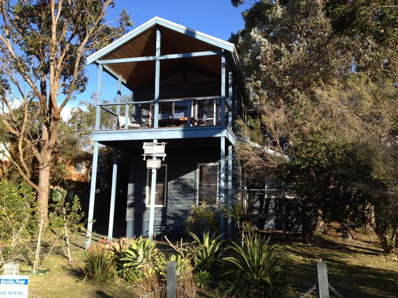 The Boathouse - Boathouse at Winda Woppa, Hawks Nest - water views - Hawks Nest - rentals