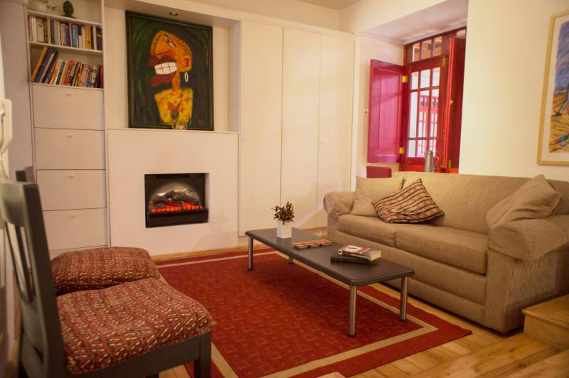 Living room - LUXURY SUITE IN COLONIAL QUITO FOR SPECIAL GUESTS/TOURS OFFERED - Quito - rentals