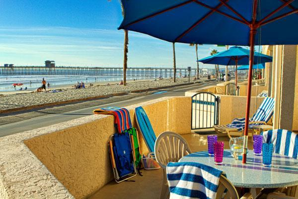 Beachside Studio - Stroll to pier, breweries from beachfront location - Oceanside - rentals