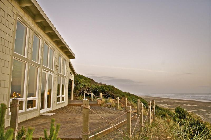 Gorgeous Oceanfront Beach House - Unique on Coast - Image 1 - Seal Rock - rentals