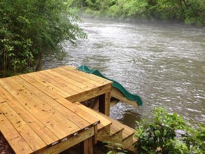 slide behind home - Nana'sWe have it all,Kayaks,tubes,slide,rope swing - Helen - rentals