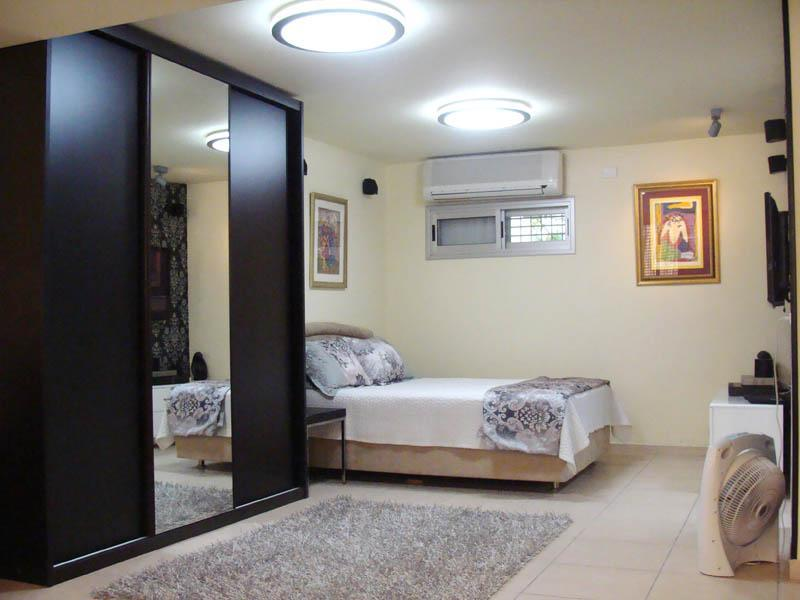 vacation rental suite apartment - Image 1 - Tel Aviv - rentals