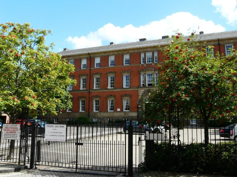 County House - Grand landmark building with gated parking - County House Retreat YORK 4 mins from the Minster - York - rentals
