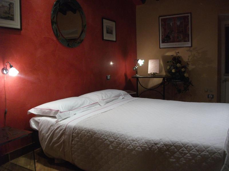 Very Elegant Studio in Rome - Colosseum - Image 1 - Rome - rentals