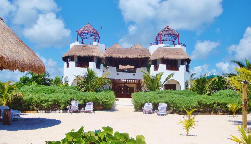 View of villa from Ocean - Casa Que Canta- Mahahual - Costa Maya - great for families - small groups - Majahual - rentals