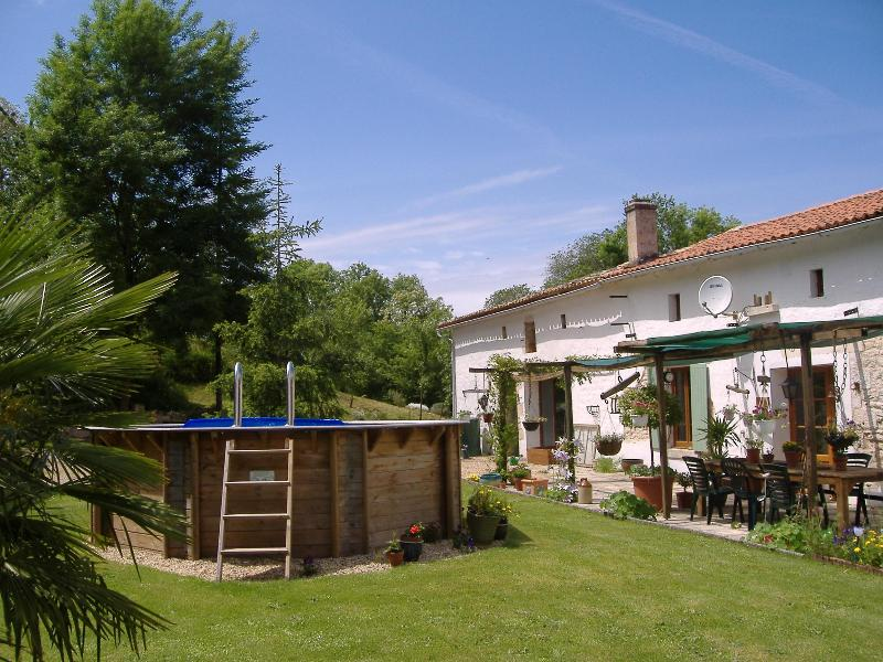 Back garden/pool - La Forge Retreats - La Rochelle - rentals