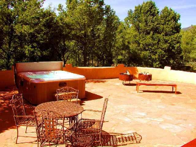 Private hot tub, huge flagstone patio with 2 fire pits, hot tub and patio dining - Ross House - Taos - rentals