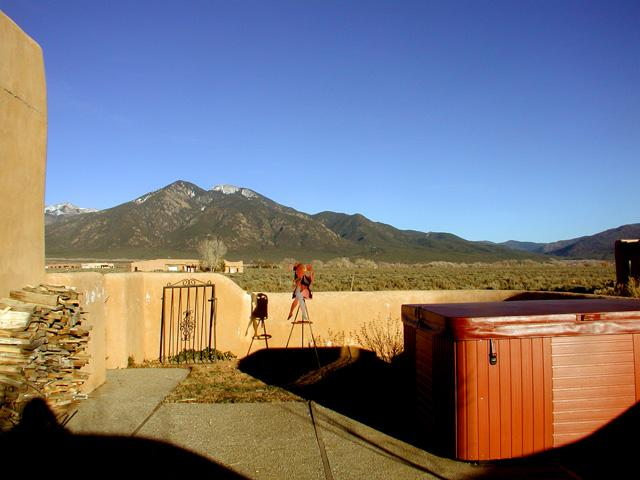 Enclosed view patio with relaxing hot tub and big sky views - Wisdom Way - Taos - rentals