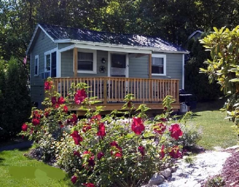 Cottage 15 - Cozy Inn-Lakeview House & Cottages - Weirs Beach - Weirs Beach - rentals