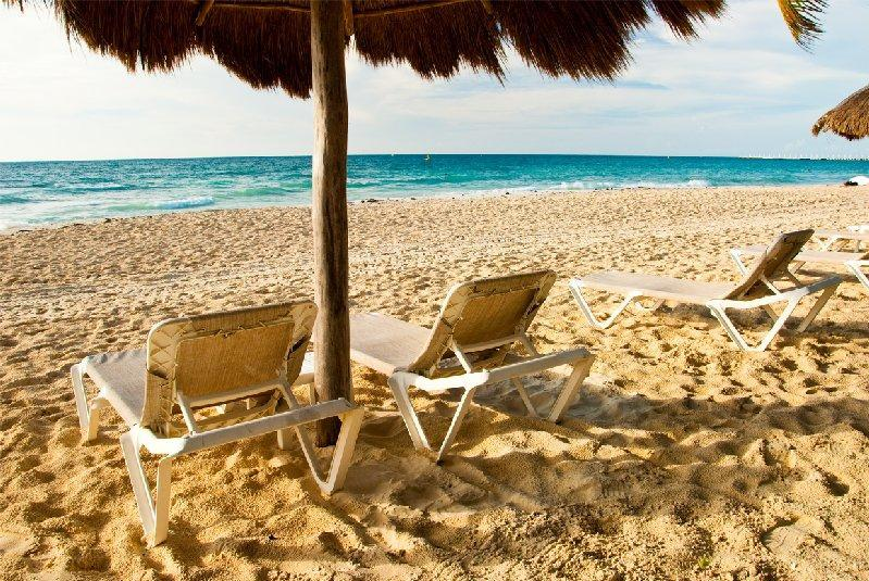 Beach steps from Casa Cocatino - Casa Cocatino Natz Ti ha B301 steps from the beach - Playa del Carmen - rentals