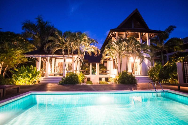 Koh Chang holiday villa: Hat Kai Mook-Pearl beach - Image 1 - Koh Chang - rentals