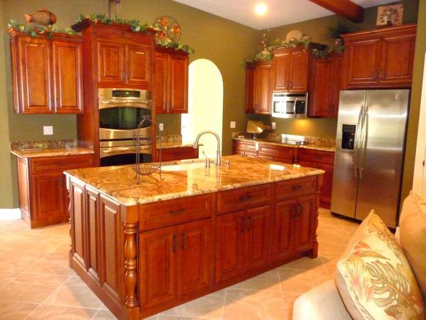The gourmet Kitchen with large granite island - South Facing Direct Access Home in Yacht Club Area - Cape Coral - rentals