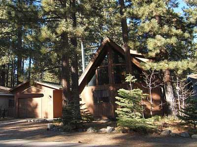 Our Family Cabin nestled in the Pines - Charming South Tahoe Cabin-Family Friendly-Hot Tub - South Lake Tahoe - rentals