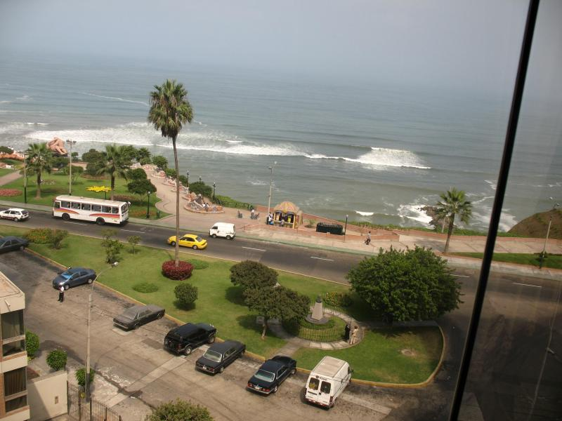 View to Love Park from Master Bedroom - Miraflores Ocenview furnished apartment - Lima - rentals
