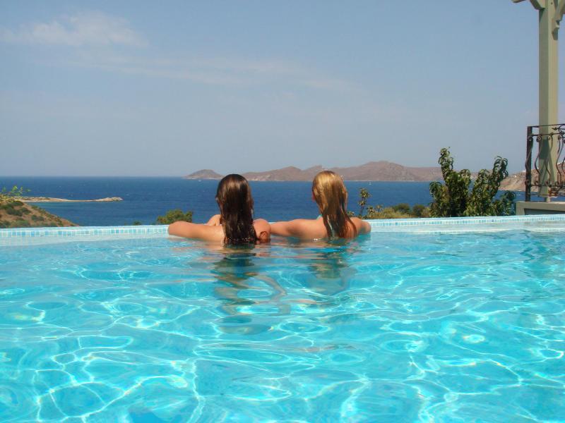 Private Pool with Fantastic Views - Sari Tas Ev  Villa   Sea View    Gumusluk  Bodrum - Gumusluk - rentals