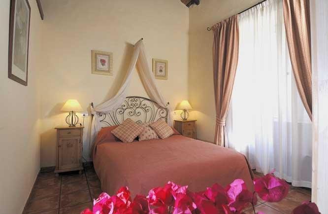 Frangipani cottage bedroom - Frangipani cottage, La Bodega Casa Rural Tenerife. - San Miguel de Abona - rentals