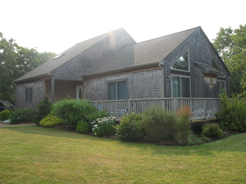 Exterior of House - BARRD - Dodger's Hole - Centrally located to towns and beaches, WiFi - Edgartown - rentals