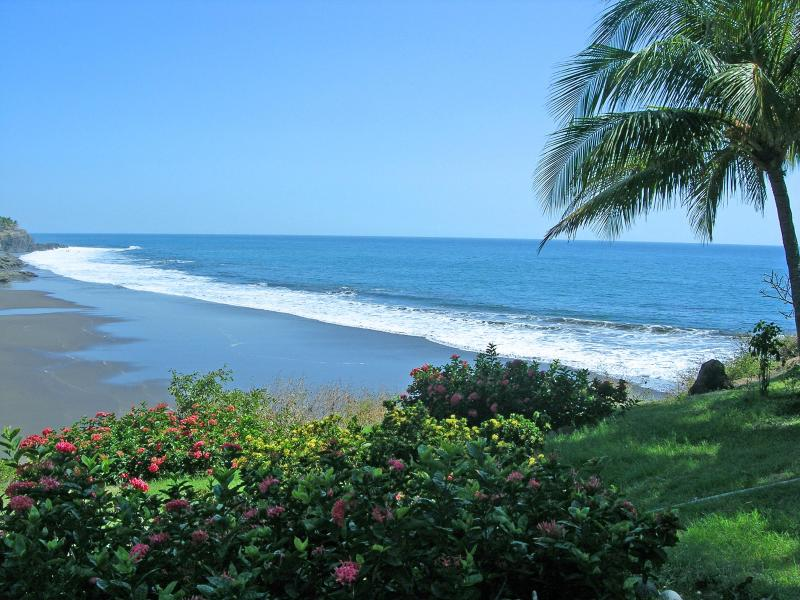 Our private beach - Surf Paradise Zunzal La Libertad Beach Home - Puerto de la Libertad - rentals