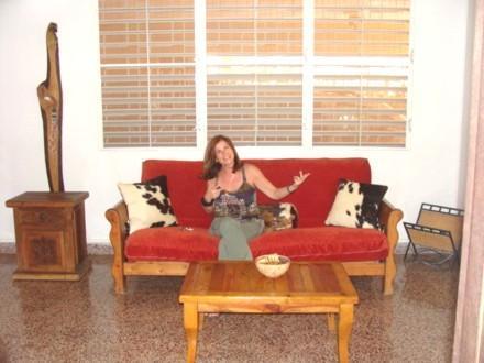 living room before painted of yellow - Very nice house in area of Ocean Park beach! - San Juan - rentals